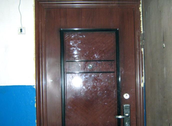 Утепление китайской металлической двери